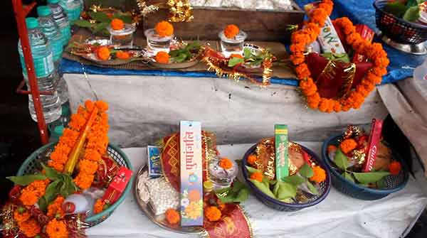 Worshiping Holy Items Kept In Front of Tapkeshwar Temple