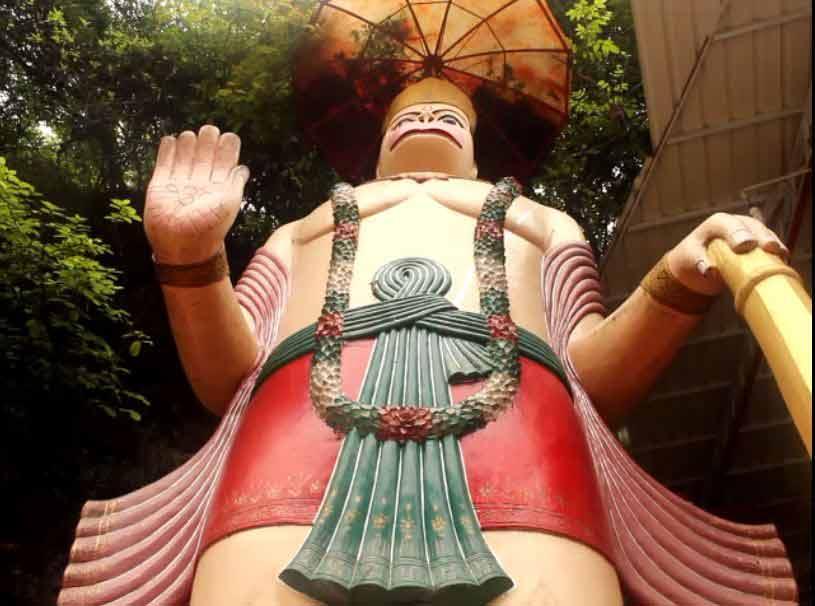 Tallest-Hanuman-Murti-Statue-at-Tapkeshwar-Mahadev-Temple-Dehradun-India