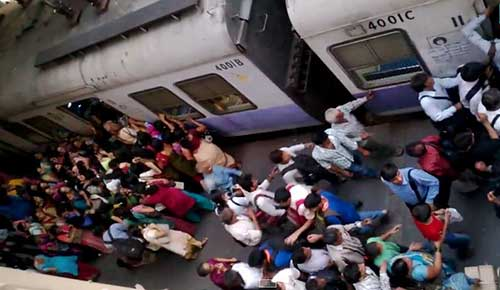 5 Mumbai Local Metro Trains YouTube Videos You Must Watch