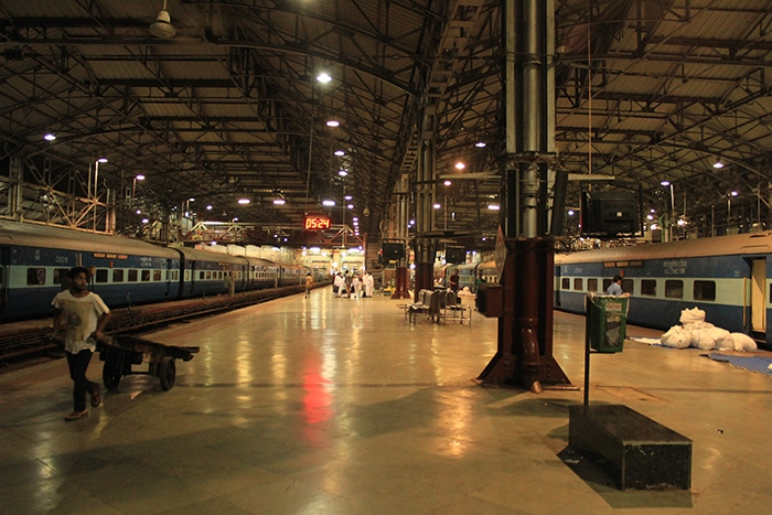 Mumbai Central Railway station inside images